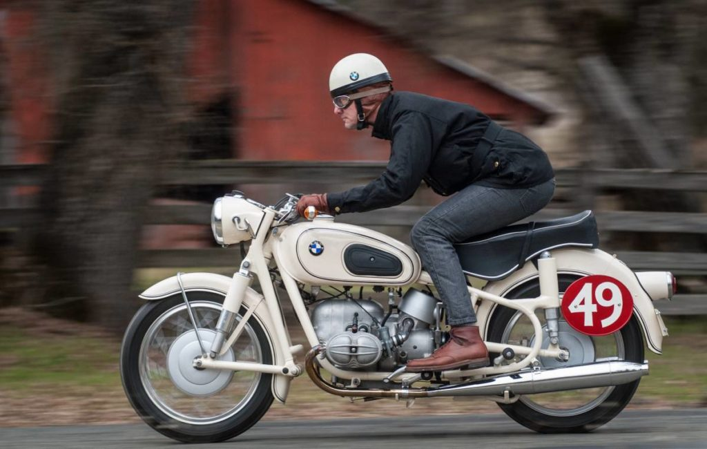 Craigslist | 1961 BMW R50S with Steib Sidecar – Ivory Stunner